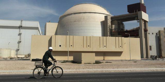 70 dodade nar kraftiga skalv drabbade iran