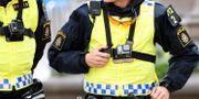 Poliser med kroppskameror. Arkivbild. Maja Suslin/TT / TT NYHETSBYRÅN
