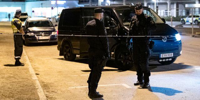 Polisens personal på brottsplatsen. Johan Nilsson/TT / TT NYHETSBYRÅN