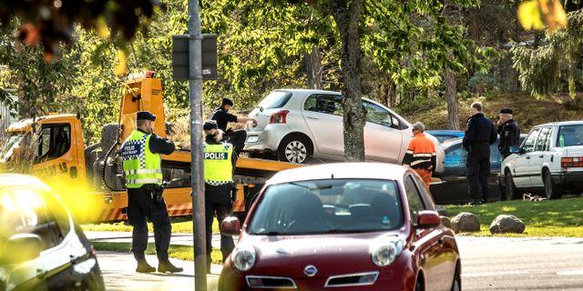 Polisarbete i Skogshöjden i Trollhättan. Misstänkt bom på Torngatan i Skogshöjden. Joachim Nywall / Joachim Nywall