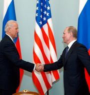 Joe Biden och Vladimir Putin.  Alexander Zemlianichenko / TT NYHETSBYRÅN