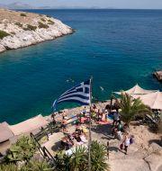 Strandbar i Vouliagmeni utanför Aten. Yorgos Karahalis / TT NYHETSBYRÅN
