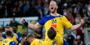 Jim Gottfridsson jublar efter Sveriges semifinalvinst mot Danmark. Darko Bandic / TT NYHETSBYRÅN