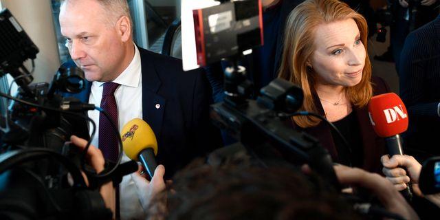 Vänsterpartiets Jonas Sjöstedt och Centerpartiets Annie Lööf. Stina Stjernkvist/TT / TT NYHETSBYRÅN