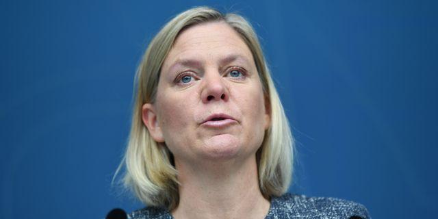 Finansminister Magdalena Andersson (S) varnar kommunerna. Fredrik Sandberg/TT / TT NYHETSBYRÅN