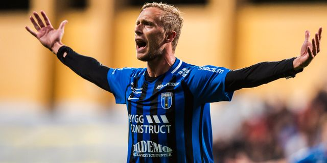 Christer Gustafsson firar efter sitt mål. MAXIM THORE / BILDBYRÅN