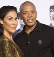 Dr Dre med sin fru Nicole Young. MARIO ANZUONI / TT NYHETSBYRÅN