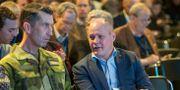 Överbefälhavare Micael Bydén och justitie- och inrikesminister Morgan Johansson på Folk och Försvars årliga rikskonferens.  Henrik Montgomery/TT / TT NYHETSBYRÅN