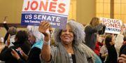 En supporter till demokraten Doug Jones i samband med valet. MARVIN GENTRY / TT NYHETSBYRÅN