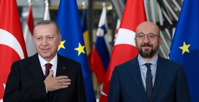 President Erdogan och Europeiska rådets ledare Charles Michel. Yves Herman / TT NYHETSBYRÅN