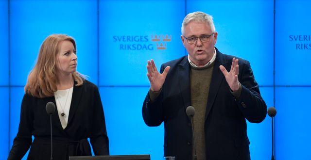 Annie Lööf och Anders W Jonsson/Arkivbild. Janerik Henriksson/TT / TT NYHETSBYRÅN