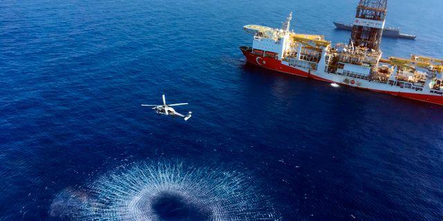 Ett turkiskt borrningsfartyg nära Cyperns kust. Arkivbild. TT NYHETSBYRÅN