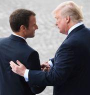 Emmanuel Macron och Donald Trump under Trumps resa till Frankrike 2017. ALAIN JOCARD / AFP