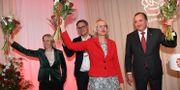 Jytte Guteland, Johan Danielsson, Heléne Fritzon och statsminister Stefan Löfven.  TT NEWS AGENCY / TT NYHETSBYRÅN