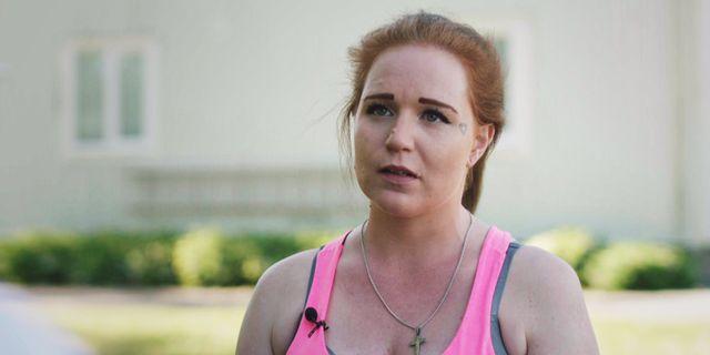 Pernilla, 26, har tvångsvårdats för drogmissbruk. SVT
