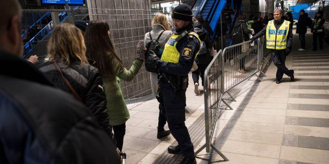 Gränskontroller i Hyllie. Johan Nilsson/TT / TT NYHETSBYRÅN