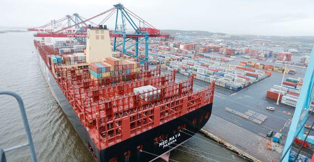 Lastfartyg i Göteborgs hamn. Adam Ihse/TT / TT NYHETSBYRÅN