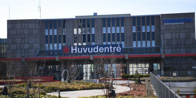 Karolinska universitetssjukhuset i Huddinge. Här ska vårdpersonalen utbildas på måndag. Fredrik Sandberg/TT / TT NYHETSBYRÅN