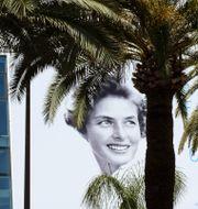 Ingrid Bergman på en vägg i Cannes. Arkivbild.  Lionel Cironneau / TT NYHETSBYRÅN