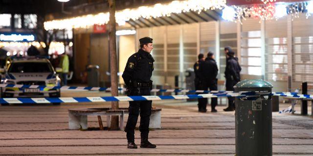 En man sköts i hjäl på en pizzeria i Rinkeby den 8 januari. Fredrik Sandberg/TT / TT NYHETSBYRÅN