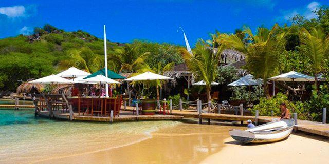 St Martin är en utmärkt utgångspunkt för en båtluff i östra Karibien. stmartinisland.org