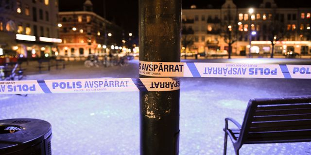 Arkivbild. Avspärrat vid Möllevångstorget i Malmö.  Emil Langvad/TT / TT NYHETSBYRÅN