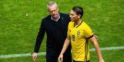 Janne Andersson och Albin Ekdal.  SIMON HASTEG RD / BILDBYR N