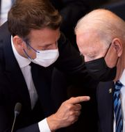 Macron och Biden. Brendan Smialowski / TT NYHETSBYRÅN