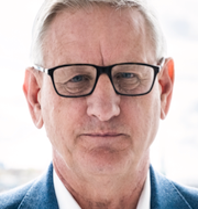 Carl Bildt/En ukrainsk soldat. TT