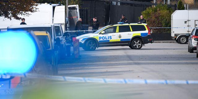 Polis arbetar på platsen Johan Nilsson/TT / TT NYHETSBYRÅN