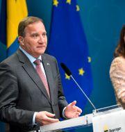 Stefan Löfven och Ann Linde under dagens pressträff. Pontus Lundahl/TT / TT NYHETSBYRÅN