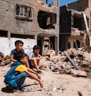 Bild från Beit Hanoun, Gaza och förstört hus i Ramat Gan, Israel TT