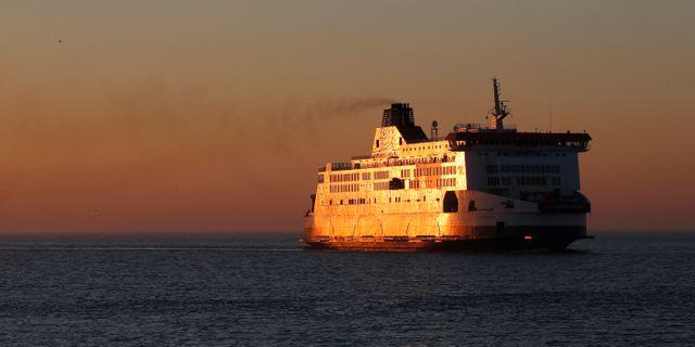 Arkivbild. Ett fartyg anländer till Calais.  PASCAL ROSSIGNOL / TT NYHETSBYRÅN
