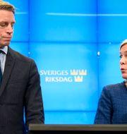 Per Bolund och Magdalena Andersson. Alexander Larsson Vierth/TT / TT NYHETSBYRÅN