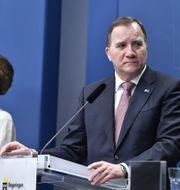 Minister Amanda Lind och statsminister Stefan Löfven. Jessica Gow/TT / TT NYHETSBYRÅN