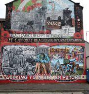 En väggmålning i Derry. Peter Morrison / TT NYHETSBYRÅN