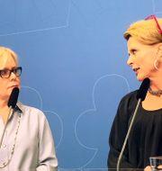 Lena Ag (till vänster) och Åsa Regnér under en pressträff inför öppnandet av den nya myndigheten.  Peter Wallberg/TT / TT NYHETSBYRÅN