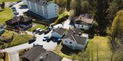 Avspärrningar kring den mordmisstänkte miljardären Tom Hagens hus. Arkivfoto. Tore Meek / TT NYHETSBYRÅN