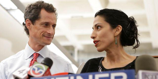 Anthony Weiner och Huma Abedin 2013. Kathy Willens / TT / NTB Scanpix