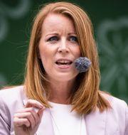 Annie Lööf under sitt tal på Centerpartiets dag i Almedalen.  FERNVALL LOTTE/Aftonbladet/TT / IBL Bildbyrå / TT NYHETSBYRÅN
