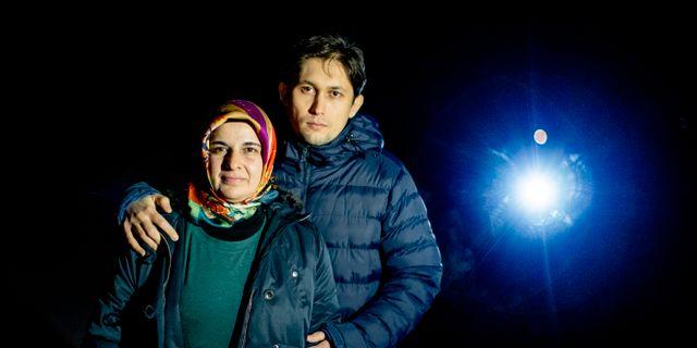 Hatice Ozcelik saknar sin man och Suheyl Ozcelik sin far Ismet Özcelik. ADAM IHSE / TT / TT NYHETSBYRÅN