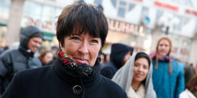 Mona sahlin valkomnar beslutet om forbud