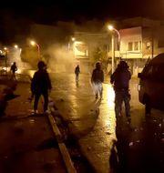 Protester i Tunisien.  Hedi Sfar / TT NYHETSBYRÅN