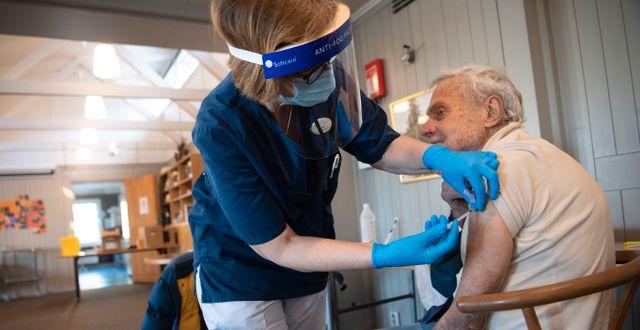 Vaccinering i Stockholm, 2 mars. Fredrik Sandberg/TT / TT NYHETSBYRÅN