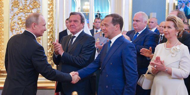 Putin redo bli premiarminister