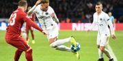 Neymar showar. BERTRAND GUAY / AFP