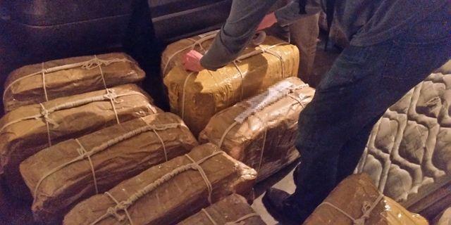 Säckarna med kokain som hittades på den ryska ambassaden.  HANDOUT / TT NYHETSBYRÅN