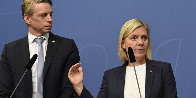 Finansminister Magdalena Andersson (S) och biträdande finansminister Per Bolund (MP). Arkivbild. TT