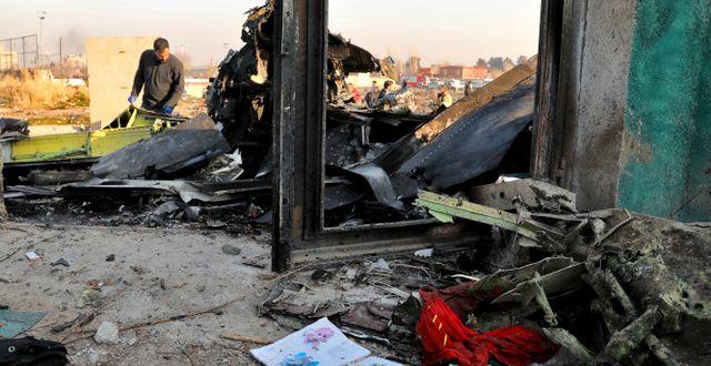 Bild från nedslagsplatsen den 8 januari. Ebrahim Noroozi / TT NYHETSBYRÅN