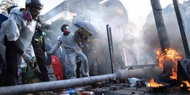 Demonstranter vid det polytekniska universitetet.  Ng Han Guan / TT NYHETSBYRÅN